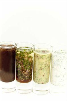 Vinaigrettes of all kinds: shallot-chives, onion confit, cream herbs, gravlax sauce Dressing Recipe, Salad Dressing, Dips, Cuisine Diverse, Marinade Sauce, Seasoning Mixes, Kraut, Chutney, Vinaigrette
