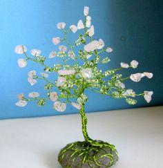 Stromek růženínový růženín minerály stromeček strom života stromeček štěstí drátky a minerál Planter Pots