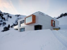 Architizer - 7 Ski Lodges That Eschew The Typical A-Frame Model