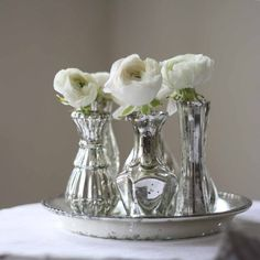Wedding Centrepiece Set - Mercury Silver Tray with 6 Vases available from @theweddingomd