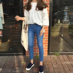 Find images and videos about girl, fashion and style on We Heart It - the app to get lost in what you love. Korean Fashion Trends, Korea Fashion, 90s Fashion, Girl Fashion, Fashion Outfits, Grunge Style, Soft Grunge, Casual Outfits, Girl Outfits