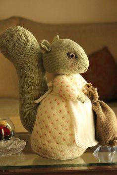 Peter Rabbit on Pinterest | Darts, Knitting Patterns and Ravelry