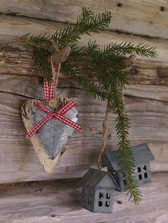 Cute rustic Christmas decor