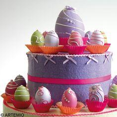 Oeufs de Pâques et gâteau pièce-montée macarons - Idées conseils et tuto Pâques Planter Pots, Creations, Easter Ideas, Pastel Colors