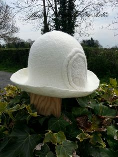 White Merino Cloche. Fibre Art, Hats, Animals, Animales, Hat, Animaux, Animal, Animais, Hipster Hat