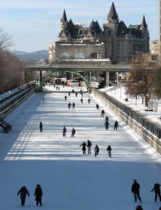 skating on the rideau canal ottawa ontario visit canada pinterest ciudad alaska y viajes. Black Bedroom Furniture Sets. Home Design Ideas