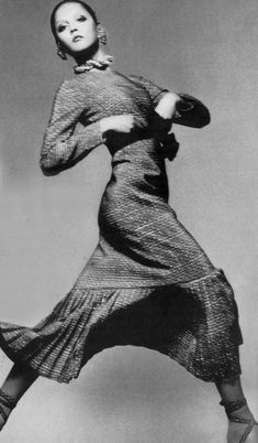 Richard Avedon #photography | Vogue  1970 | via tumblr    Richard Avedon you are my fashion photography hero.