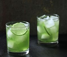 Dandelion Lime Cooler | Gorgeous Signature Cocktails In Every Color Of The Rainbow