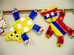First Grade, primary colours and pattern