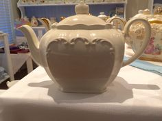 This White Sadler  is perfect with the Pastel Tea cups