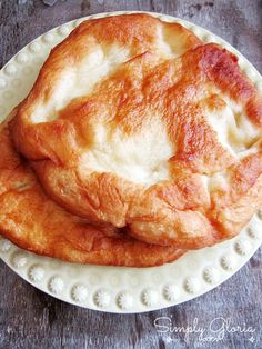 Pinner says: Homemade Fry Bread. My momma used to make this and I can tell you for a fact that if you haven't had this bread, you're certainly missing out on something! Fried Bread Recipe, Bread Recipes, Cooking Recipes, Fry Bread With Yeast Recipe, Best Indian Fry Bread Recipe, Bannock Recipe Fried, Bannock Bread, Recipes With Yeast, Gourmet