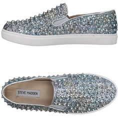 Steve Madden Low-tops & Sneakers ($115) ❤ liked on Polyvore featuring shoes, sneakers, silver, low profile sneakers, round toe flat shoes, studded slip on sneakers, low top and slip on trainers