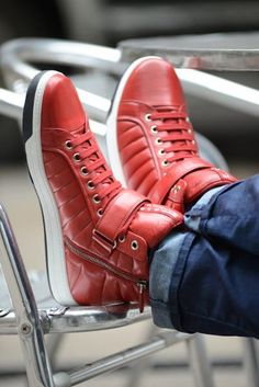 We're painting the town red in honor of Chinese New Year on February Help us celebrate by showing your best Pantone-inspired Chinese Red on our hub. Hot Shoes, Men's Shoes, Shoe Boots, Prada Sneakers, High Top Sneakers, Urban Fashion, Mens Fashion, Men Closet, Napa Leather