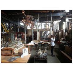 .@penny shima glanz Douglas People | Exploring a salvage warehouse today! #freepeople #decor
