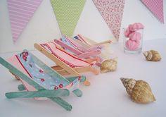 creations et customisation - Sylvanian Families Popsicle Stick Crafts, Craft Stick Crafts, Diy And Crafts, Paper Crafts, Diy Dollhouse, Dollhouse Furniture, Diy For Kids, Crafts For Kids, Twig Furniture