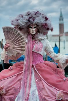 500px / Masked Lady in Pink, Venice by Lisa Osta