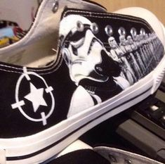 22a6d25d7531 SUMMER SALE PRICE wars in the stars storm illustration Converse Low Tops