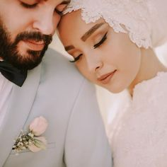 Beyza ☘️ Burak Our reservations have started. Contact for information: 0534 257 12 90 ❤️❤️❤️ shoes the dress Wedding Couple Poses Photography, Wedding Poses, Wedding Photoshoot, Wedding Couples, Wedding Bride, Bride Groom, Bridal Hijab, Muslim Wedding Dresses, Hijab Bride
