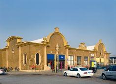 Station Vlissingen - architect S.van Ravesteyn. Dit is het 3e stationsgebouw en dateert uit 1950