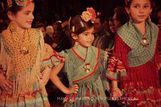 niñas de Raquel Terán Sari, Costumes, Sewing, Children, Dresses, Google, Faces, Friends, Ideas