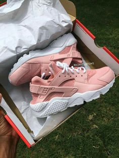 Image of SOLID Custom Light Pink Huaraches - White Sole sneakers nike huarache Sneakers Fashion Outfits, Fashion Shoes, Fashion Top, Zapatillas Nike Huarache, Nike Shoes Huarache, Platform Tennis Shoes, Golf Shoes, Shoes Men, Sports Shoes