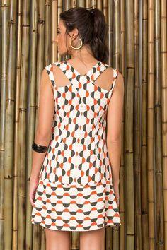 60271d5137 O melhor da moda feminina carioca: vestidos, saias, calças, macacão lisos e