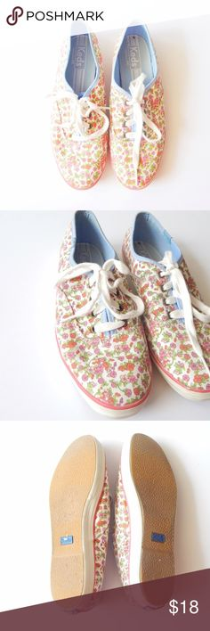 Bright Floral Keds Floral Keds size 7.5. In great used condition! There is a minor black dot on the inside. A little dirty but nothing major. Only worn a couple of times to school. Perfect for summer or even fall! Keds Shoes Sneakers