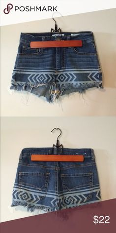 Tribal High Waisted Shorts 🌿 Great condition. Tag says size 5- fits more like a zero!!! ✂️Measurements:13 inches across. Length-12.5 inches  💟Outfit Inspiration: tank top or Flowy lace shirt  👰Help my fiancé and I save up for our wedding! 📦All purchases are shipped carefully and thoughtfully  🚭Smoke- free home ❗️Bundle to save on SHIPPING & TOTAL  💁Serious and reasonable offers only (no more  than 10% of listing price!)  ✅Suggested User, shop with confidence 🚫NO TRADES 🔁️Sharing is…