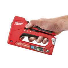 The Milwaukee Staple and Nail Gun addresses 3 common complaints among user of current staplers on the market. This Milwaukee stapler is also easy to fire. Cool Tools, Diy Tools, Bad Room Ideas, Milwaukee Tools, Farm Tools, Nail Gun, Mechanic Tools, Must Have Tools, Auto Glass