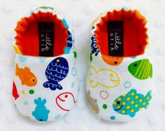 Items similar to Baby Booties - Newborn, Infant, Baby Slippers, Crib Shoes, Footwear, 0 - 18 Months - FISH BUBBLES on Etsy