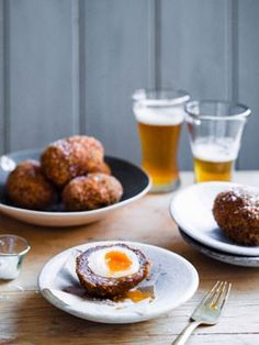Venison Scotch eggs - Eat Your Books is an indexing website that helps you find organize your recipes. Click the View Complete Recipe link for the original recipe. Breakfast Recipes, Snack Recipes, Snacks, Egg Recipes, Scotch Eggs Recipe, Eat Your Books, Venison Recipes, Pub Food, Gourmet