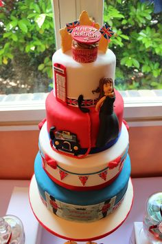 london cake: Cake idea British Cake, London Cake, Biscuit Cookies, Themed Cakes, Biscuits, Wedding Cakes, Sweet, Tips, Table