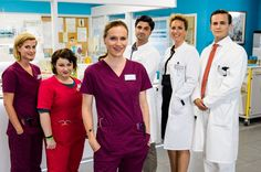 """Bettys Diagnose"": Lizzy Riedmüller (Theresa Underberg), Talula Pfeiffer (Carolin Walter), Betty Dewald (Bettina Lamprecht), Dr. Marco Behring (Maximilian Grill), Helena von Arnstett (Claudia Hiersche) und Tobias Lewandowski (Eric Klotzsch)"