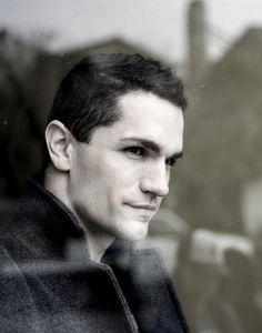 Why yes. Don't mind if I do. I give you, moving up in my top 5 of the unforgiveably beautiful, Sam Witwer.