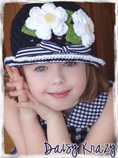 beautiful childrens knitted hat!!