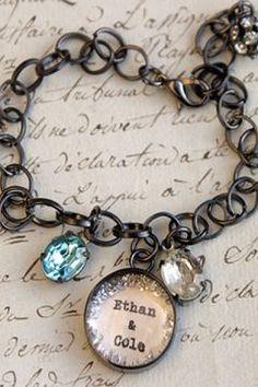 custom birthstone mothers bracelet