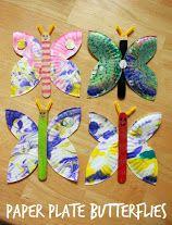 vlinder van kartonnen bordje