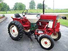 International 274 High Crop Tractor - Offset - Diesel