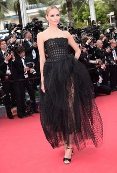 The absolute best of Cannes red carpet fashion: Natasha Poly in Oscar de la Renta in 2014.