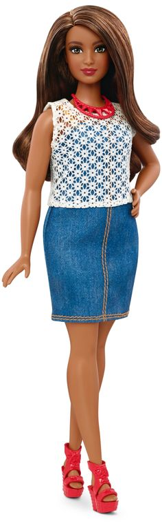 Barbie Fashionistas™~Dolled Denim: Girls everywhere now have infinitely more ways to play out their stories and spark their imaginations through Barbie. Along with more overall diversity, we proudly add three new body types to our line.