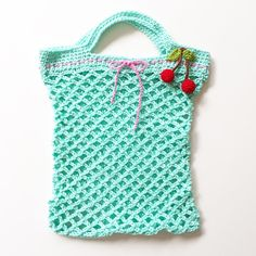 Crochet pattern for a grocery store – socken stricken Knitting Websites, Knitting Blogs, Knitting Socks, Knitting Projects, Crochet Motifs, Crochet Patterns, New Project Ideas, Triangle Scarf, Pink Tone