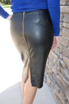 Leather pencil skirt with lining. Go from day to night. Many different ways you can wear the skirt. Pair it with a over sized sweater, jacket, blouse, bodysuit