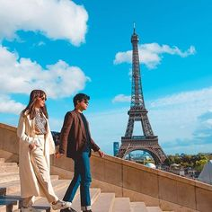 Just sitting here daydreaming about having our own moment in Paris. Couple Aesthetic, Blue Aesthetic, Michael Cinco Gowns, Arci Munoz, Kathryn Bernardo Outfits, Sue Ramirez, Panda Wallpapers, Stunning Brunette, Filipiniana