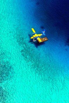 #Maldives #airplane #sea #turquoise #amazing #beautiful