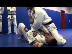 Draculino: 2nd Arm Bar from Mount Position - YouTube