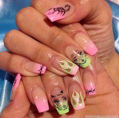Semi-permanent varnish, false nails, patches: which manicure to choose? - My Nails Edgy Nails, Aycrlic Nails, Dope Nails, Funky Nails, Bling Nails, Swag Nails, Manicure, Glitter Nails, Grunge Nails