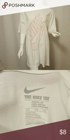 Nike t-shirt 100% Premium Finish Egyptian Cotton, Athletic Cut, not sure if it's men's or women's but easily uni- sex because both will love this extra silky shirt??. Nike Shirts Tees - Short Sleeve