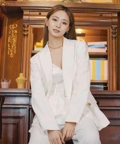Kpop Girl Groups, Korean Girl Groups, Kpop Girls, Cute Korean Boys, South Korean Girls, Nayeon, Cool Girl, My Girl, Twice Photoshoot