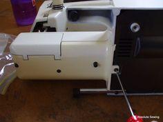 λαδωμα ραπτομηχανης, συντηρηση ραπτομηχανης Suitcase, Dressmaking, Briefcase
