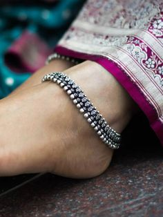 Oxidized German Silver Anklet Paisley Shell Pattern,Ethnic Indian Traditional Jewelry Handmade Anklet,Gypsy Foot Jewelry,Boho Anklets Women by Avismaya on Etsy Payal Designs Silver, Silver Anklets Designs, Silver Payal, Anklet Designs, Silver Jewellery Indian, Silver Jewelry, Silver Ring, Silver Earrings, 925 Silver